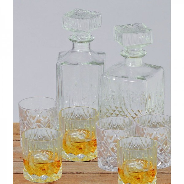 Whiskeyflasche Glas 900 ml, rechte Flasche mit Relief mittig
