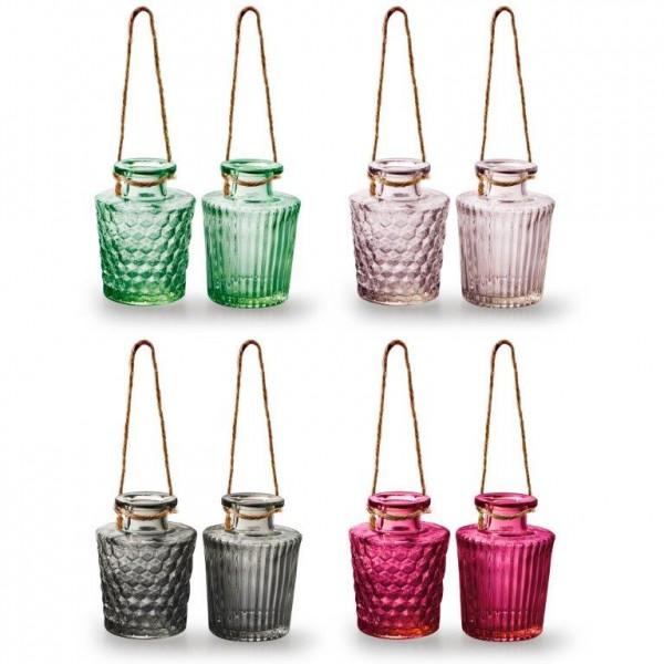 Kleine Flaschen als Vasen mit Kordel zum Hängen H 11 cm
